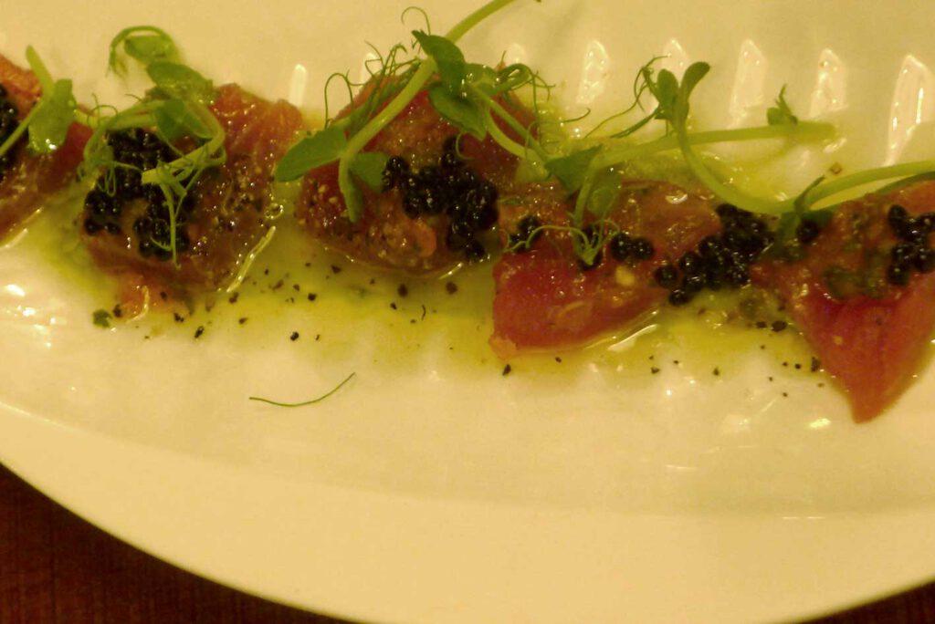 Thunfisch, Kaviar, Blue Rooster